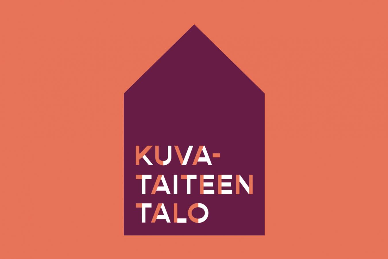 Oranssilla pohjalla violetti talonmuotoinen muoto, jossa teksti Kuvataiteen talo.